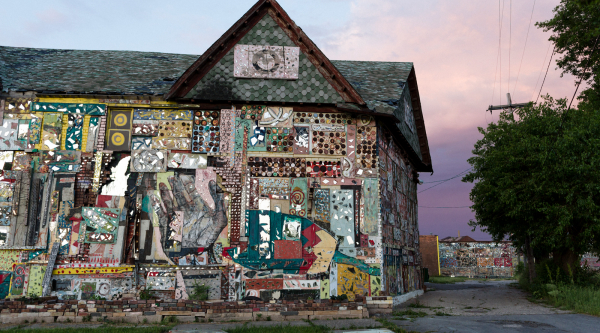 Local Axis: Dabls Mbad African Bead Museum
