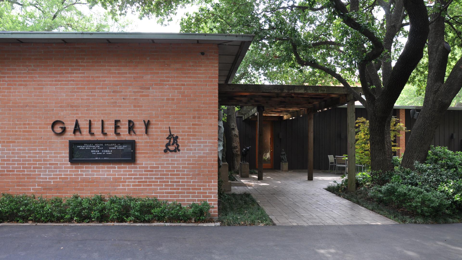 Valley House Gallery & Sculpture Garden