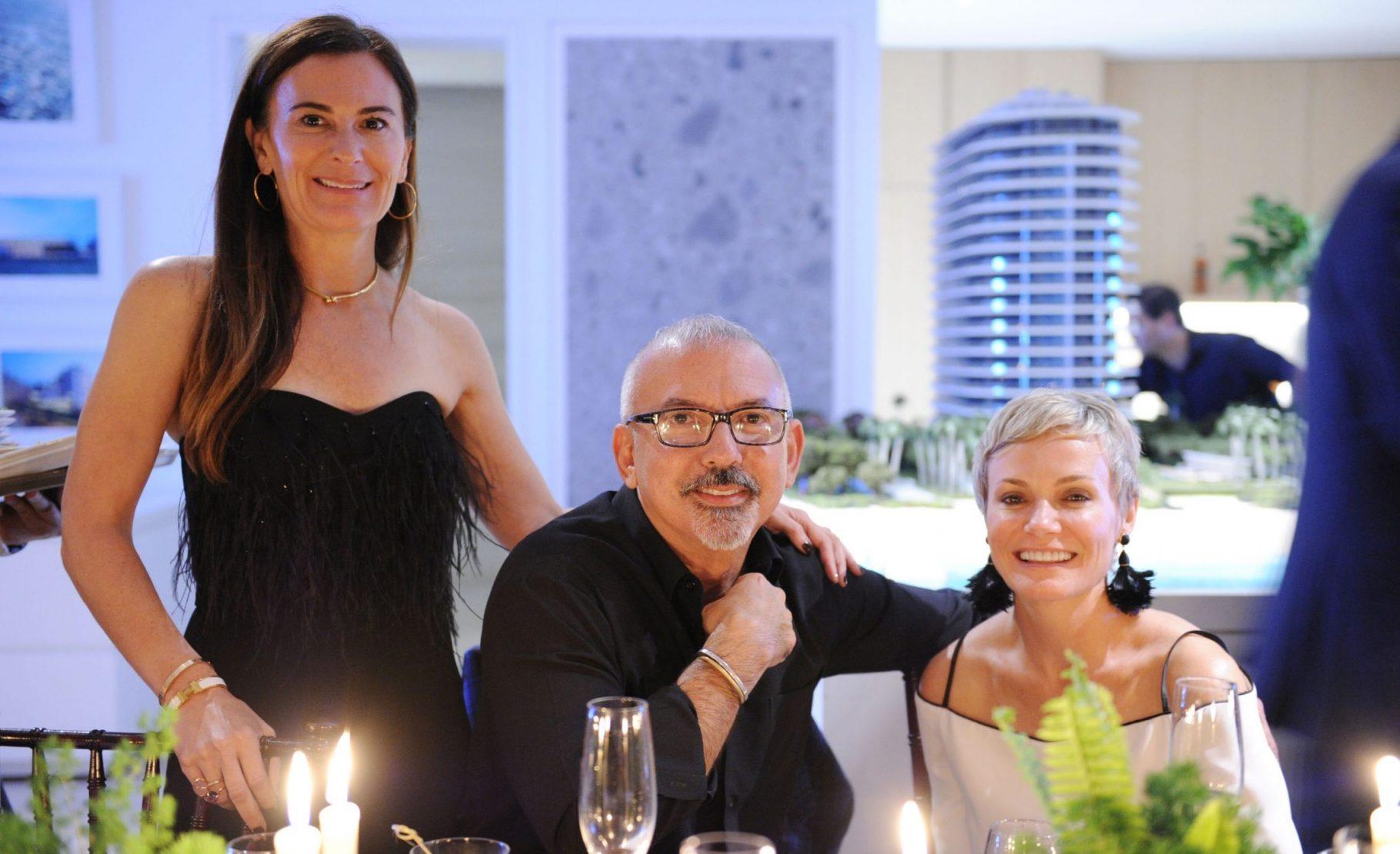 Sarah Harrelson, Carlos Suarez and Lori Suarez