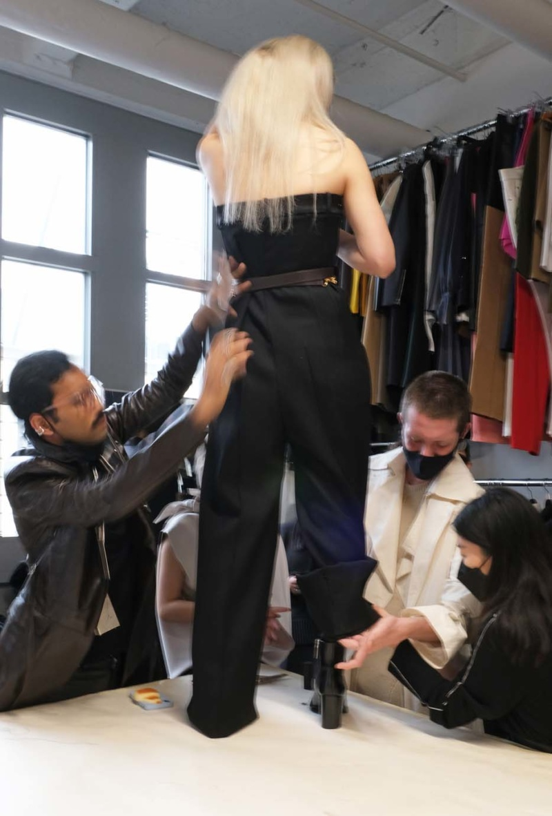 fitting at peter do