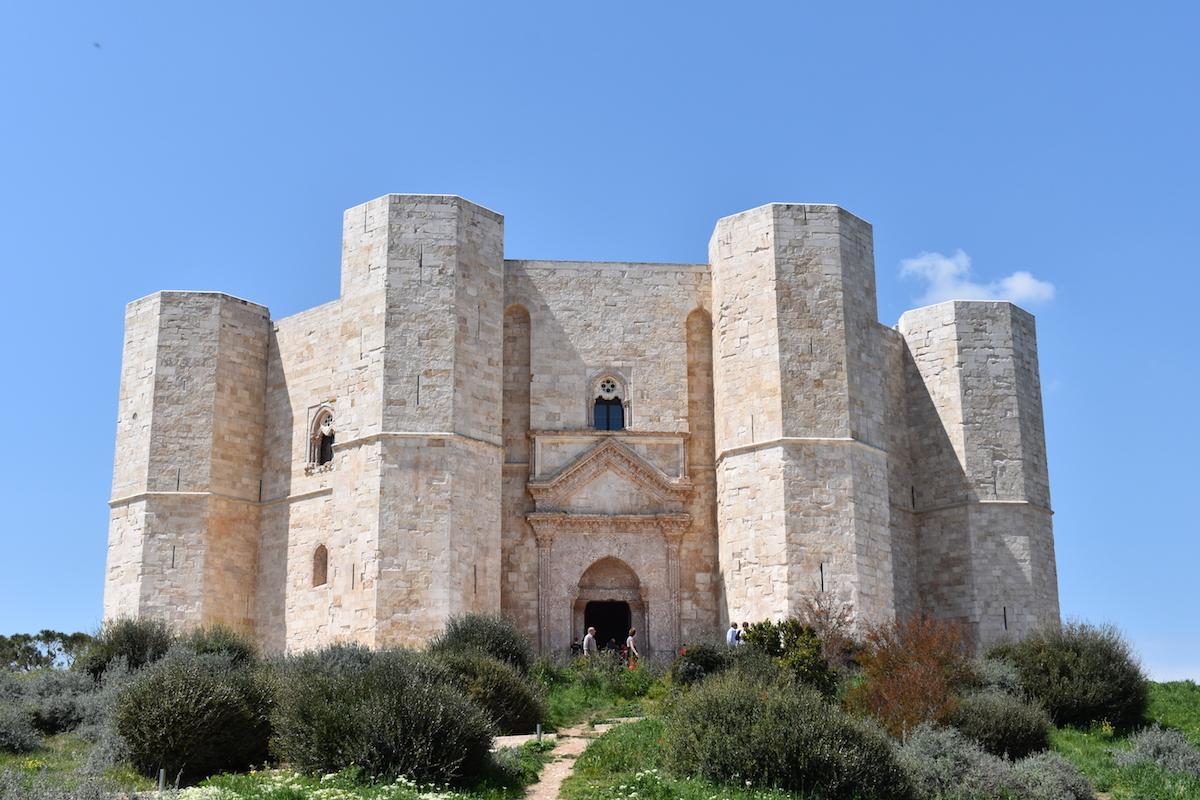 Castell del Monte domenica